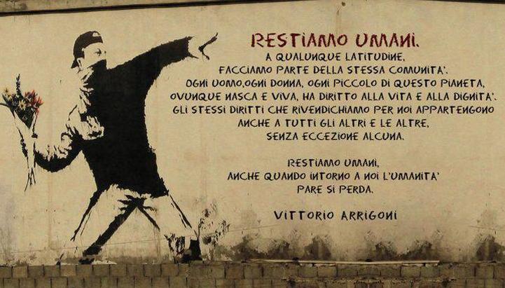 arrigoni-stay_human-streetart.jpg